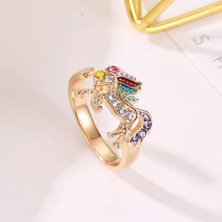 Temperament Unicorn Ring Alloy Crystal