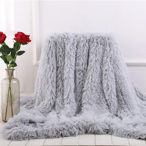 Light Grey Fleece Long Shaggy Decorative Throw Blanket for Bed Sofa Couch Soft Bed Cover Sherpa Fuzzy Blankets and Plush Throws for Kids Adults Teens Girls Women
